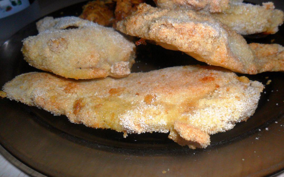 Pierś z kurczaka w kaszy mannej
