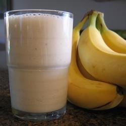 Tropikalny koktajl z mleka kokosowego